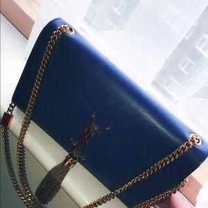 #ItGirl YSL Sapphire Handbag